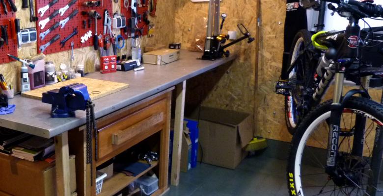 home_biker_flatbox2-1